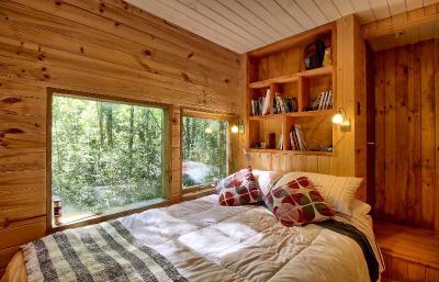 Casa de campo casita arbol chile reserva biol gica huilo for Hotel con casas colgadas de los arboles