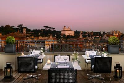Top deals luxury art hotel roma rome italy for Hotel luxury roma