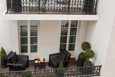 Les jardins de la villa spa slh paris france for Les jardins de la villa paris hotel