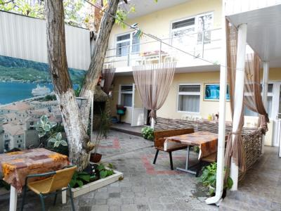Biruza Hotel