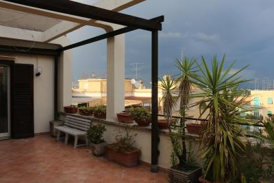 B&B Le terrazze di Xara, Bed & Breakfast Rome