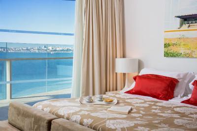 Booking Troia Design Hotel