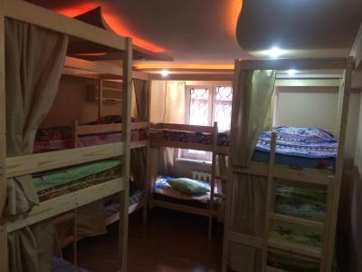 Hostel on Yana Fabriciusa ulitsa