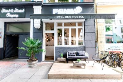 pyjama park schanzenviertel hamburg germany. Black Bedroom Furniture Sets. Home Design Ideas