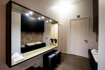 Appartement chambre avec jacuzzi sauna privatif bruxelles belgique - Chambre jacuzzi privatif belgique ...