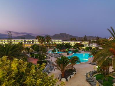Hotel h10 lanzarote princess playa blanca spain for Designhotel lanzarote
