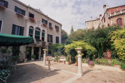 The gardens at the Hotel Pensione Accademia, Venice