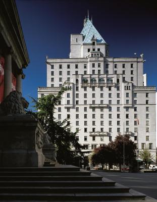best deals for fairmont hotel vancouver canada. Black Bedroom Furniture Sets. Home Design Ideas