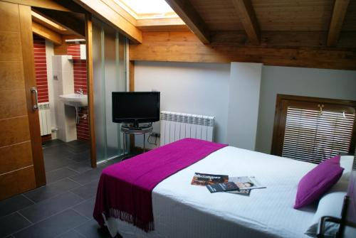 Hotel Pictures: , Valbuena de Duero
