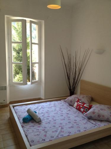 Hotel Pictures: Gambetta Apartments, Digne-les-Bains