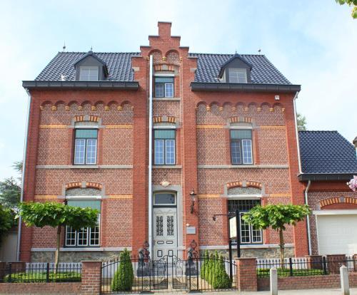 Hotellikuvia: B&B Huyze Max, Dilsen-Stokkem