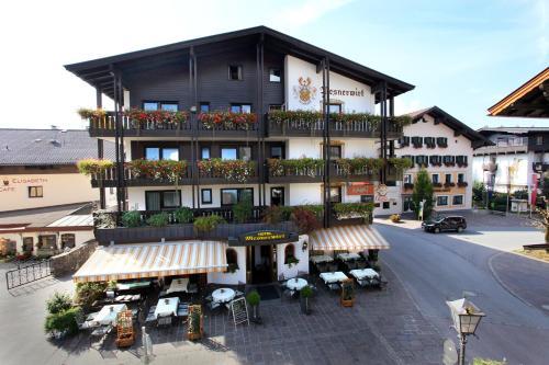 Hotellikuvia: Hotel Mesnerwirt, Westendorf