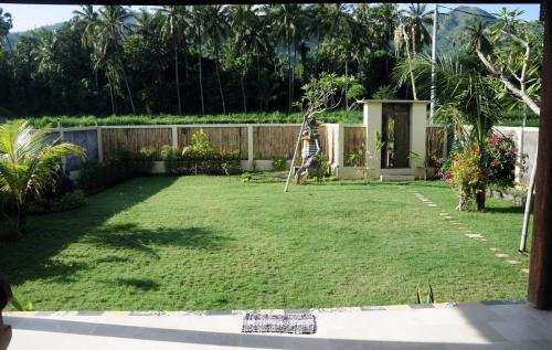 Villa Gayatri Hidden Oasis