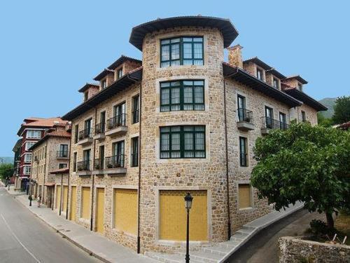 Hotel Pictures: Apartamentos Villa de Cabrales, Arenas de Cabrales