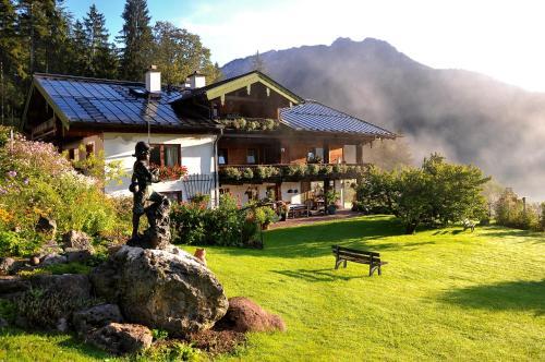 Hotel Pictures: Gästehaus Sägfeiler, Bischofswiesen