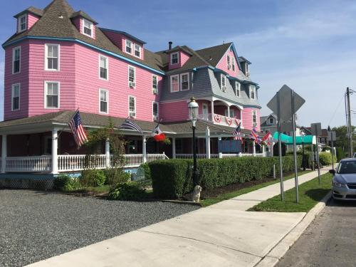 The Grenville Hotel and Restaurant