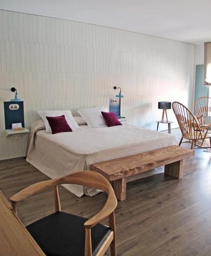 Hotel Pictures: , Ayllón