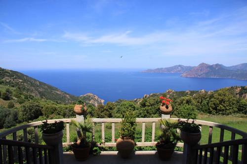 Hotel Pictures: Hotel Les Roches Rouges, Piana