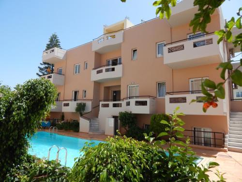 Apollon Studios & Apartments