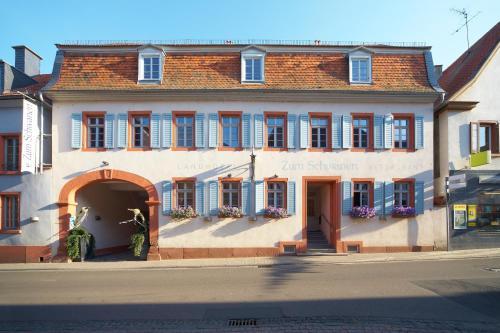Hotel Pictures: Landhotel zum Schwanen, Osthofen