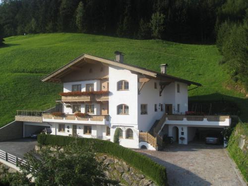 Zdjęcia hotelu: Ferienwohnungen Fankhauser, Hainzenberg