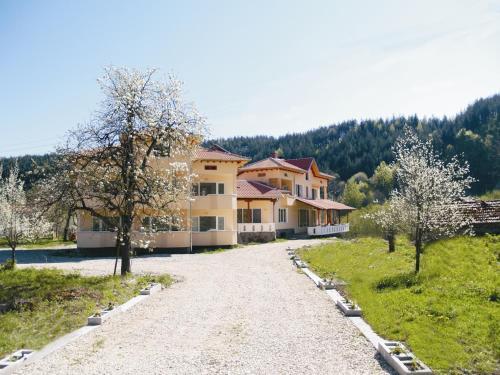 Zdjęcia hotelu: Guest House Pandukov, Apriltsi
