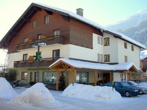 Foto Hotel: Gästehaus Truskaller, Mallnitz