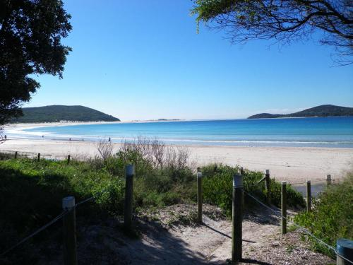 Fotos de l'hotel: Fingal Bay Holiday Park, Shoal Bay