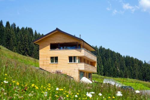 Fotos do Hotel: Schneeglöckle Appartements, Lech am Arlberg