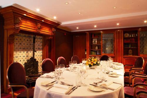Simply thai kingston upon thames un ristorante della for The french table 85 maple road surbiton surrey kt6 4aw