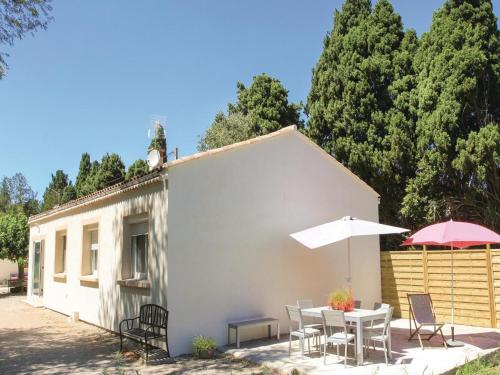 Four-Bedroom Holiday Home in Salon de Provence