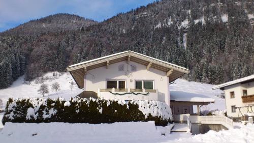 Hotelbilleder: Villa Rupert und Jasmin Hauser, Sankt Ulrich am Pillersee