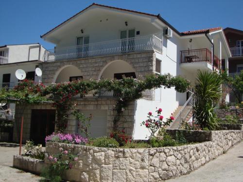 Apartments Marinovic Baćina Lakes