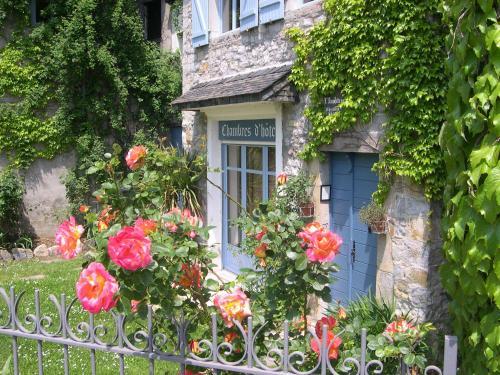 Hotel Pictures: , Oloron-Sainte-Marie