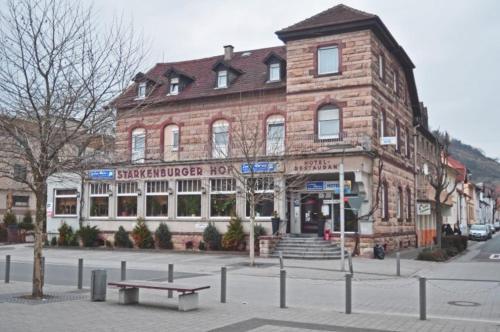 Halber mond heppenheim reserva tu hotel con viamichelin - Kaltwassers wohnzimmer ...