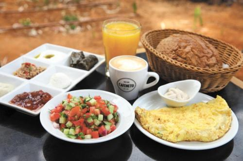 אפשרויות ארוחת הבוקר המוצעות לאורחים ב-בקתה בנוף