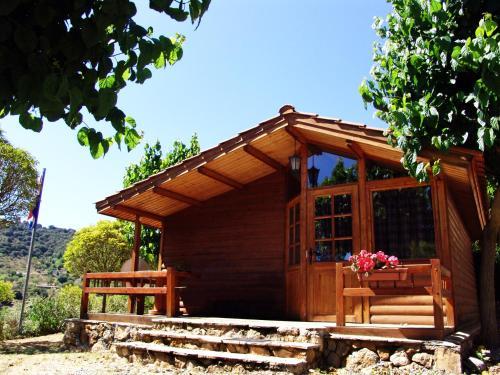 Hotel Pictures: Camping Serra de Prades, Vilanova de Prades