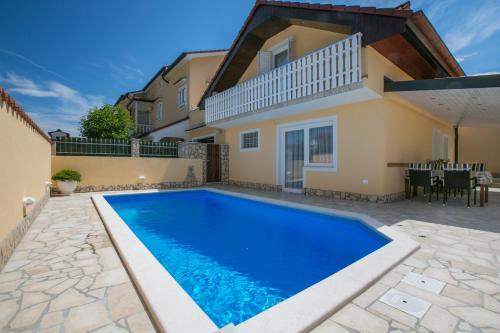 Holiday Home Mala kuća