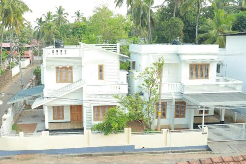 Itha bougain villa