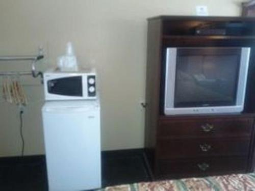 Garden Inn and Suites Review