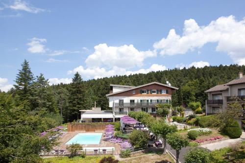 Hotel Pictures: , Le Chambon-sur-Lignon