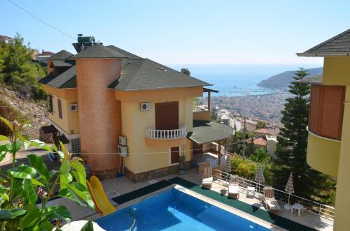 Emre Villa 3