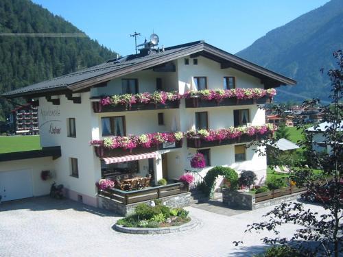 Фотографии отеля: Appartementhaus Lechner, Пертизау