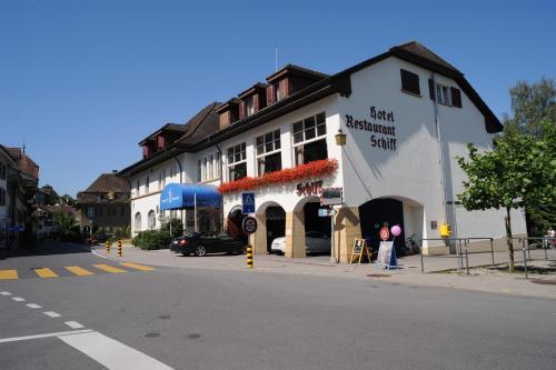 Hotel Pictures: Hotel Schiff am See, Murten