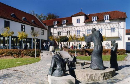 Hotel Pictures: , Markt Indersdorf