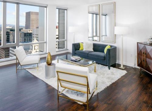 Downtown Lux Apartments 2BD