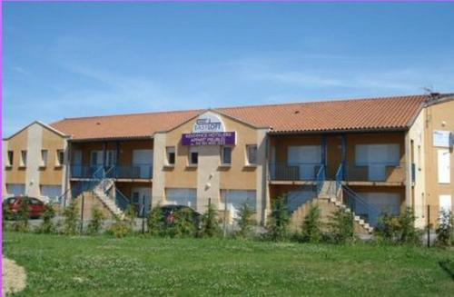Hotel Pictures: , Chaponnay