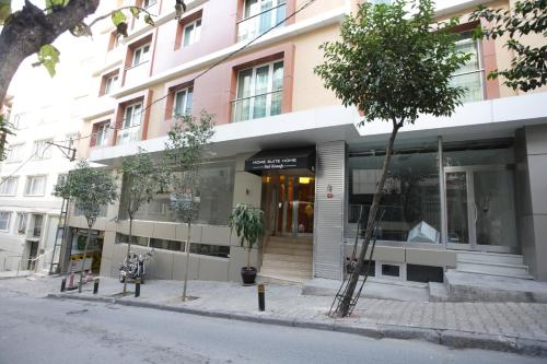 Hotels in te vikiye viamichelin hotels reserveren in for Redmont hotel istanbul