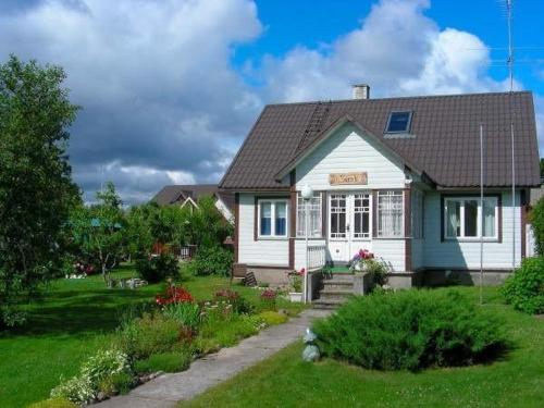 Hotel Pictures: Sireli Holiday Home, Käsmu