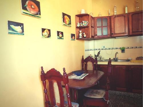 Nhà bếp/bếp nhỏ tại Casa Yahima Municipio Playa